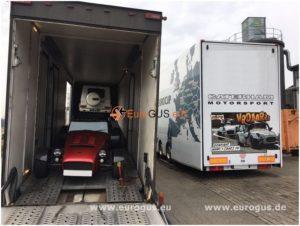 крытый автовоз с машинами eurogus caterham mercedes gelaenderwagen