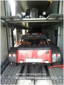крытый автовоз с машинами eurogus