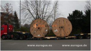 загрузка катушек с кабелем на трал eurogus
